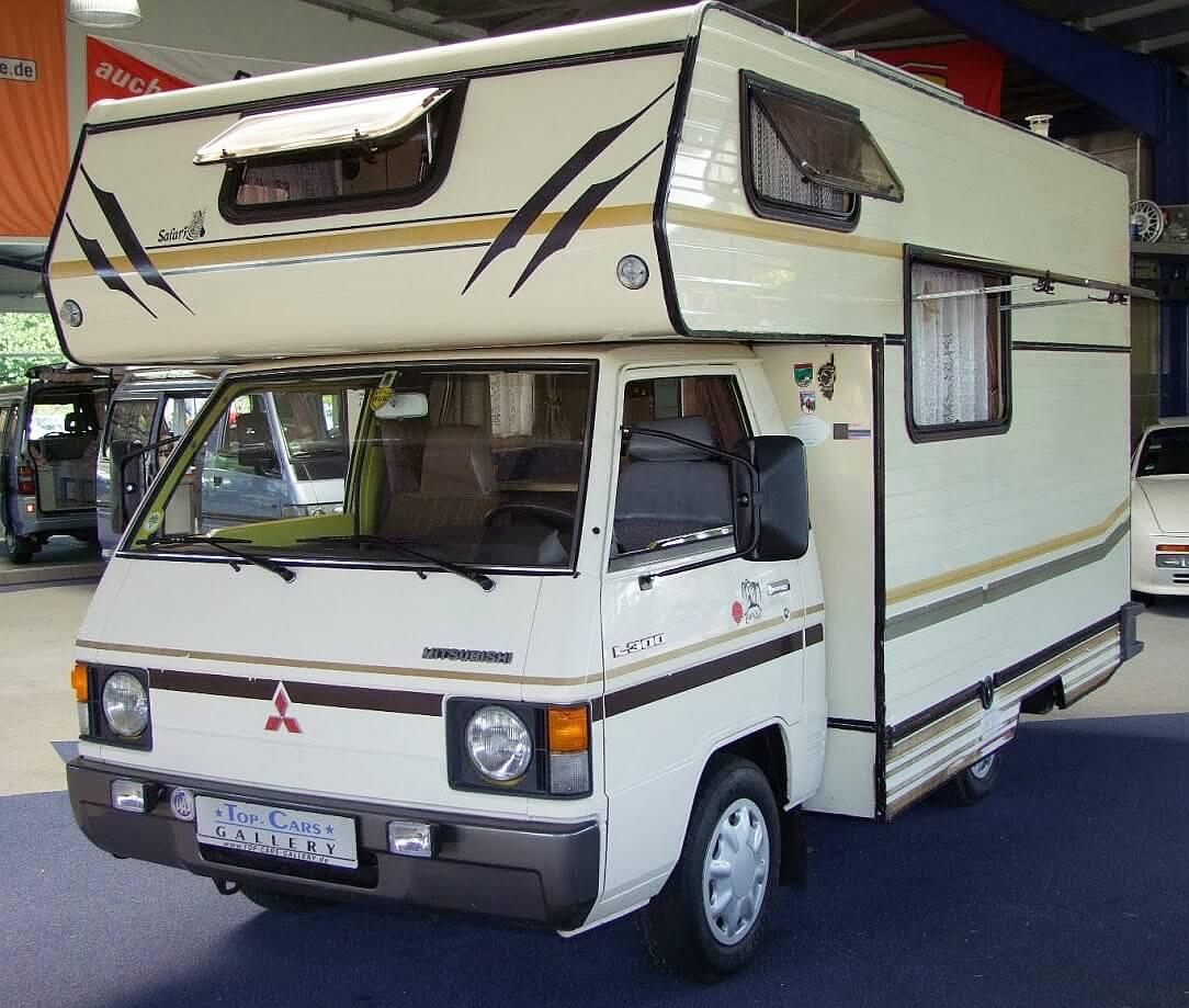 1984 mitsubishi l300 wohnmobil wohnmobil kult. Black Bedroom Furniture Sets. Home Design Ideas