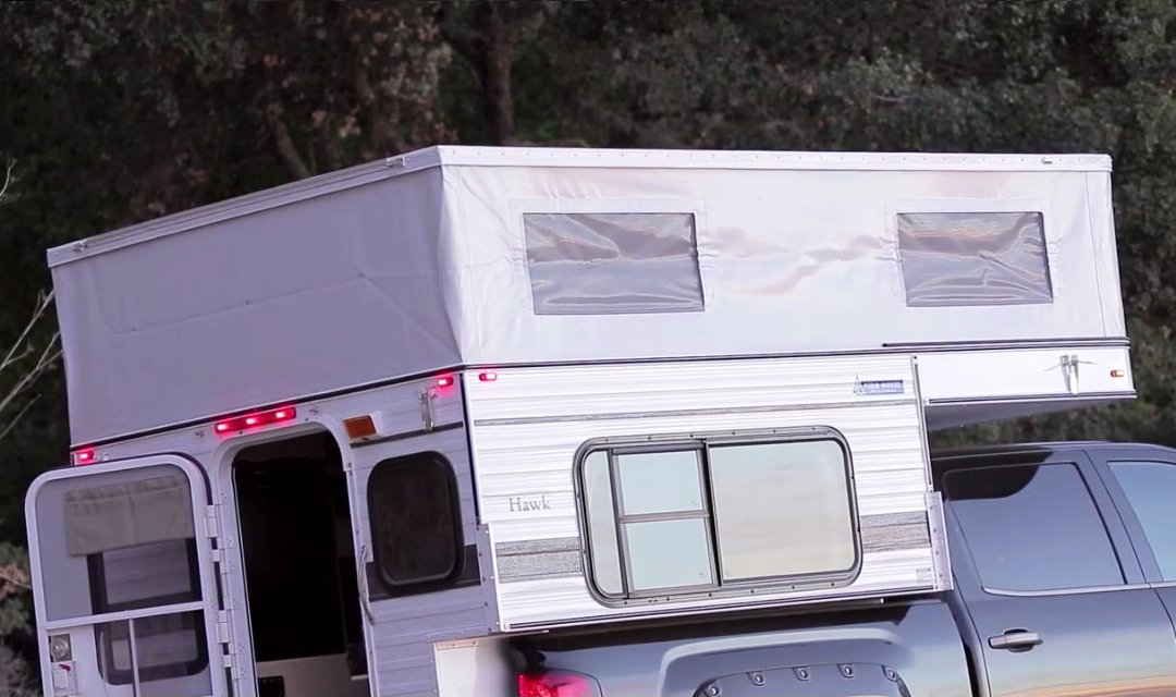 Camper Shell Camping >> 2014 Four Wheel Pop Up Campers Hawk GMC Sierra / Wohnmobil ...