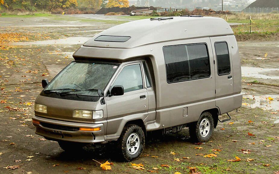 1990 Toyota Campmate 4WD