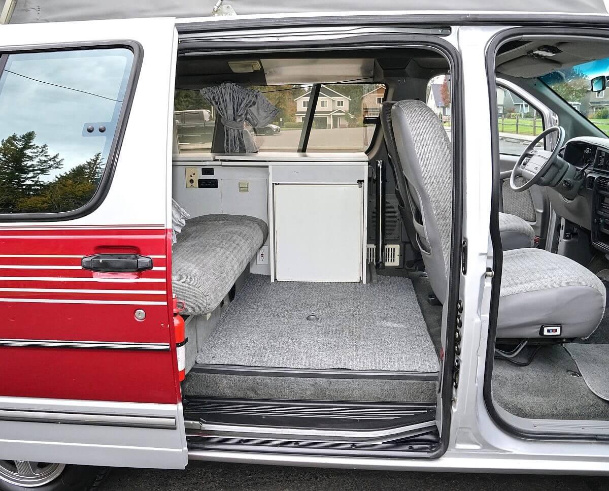 1997 Ford Aerostar XLT Extended GTRV Camper Van